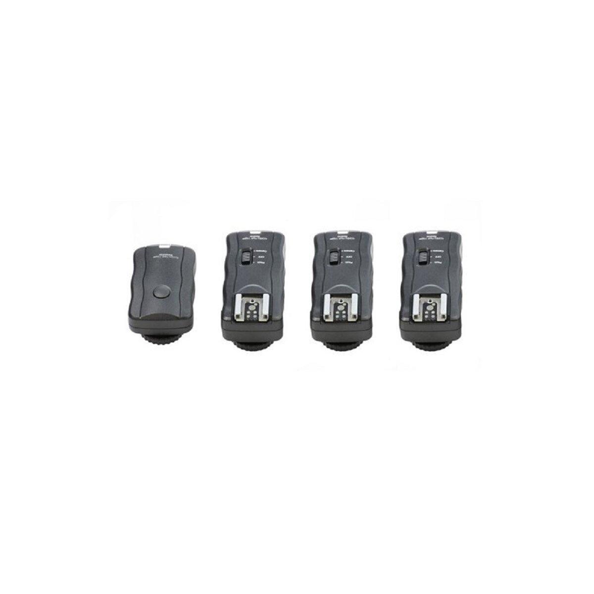 Funkauslöser fuer Blitzgerät / Studioblitz / Kamera bis 30m mit 3 Empfängern für fast alle Blitzgeräte z.B.kompatibel mit Canon 600EX-RT, 580EX II, 430EX II - Nikon SB-910, SB-900, SB-800 u.v.m.
